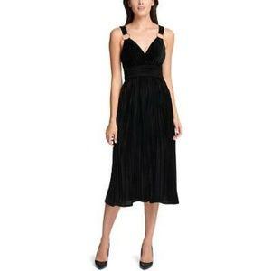 Guess Womens Velvet Pleated Midi Dress, 2